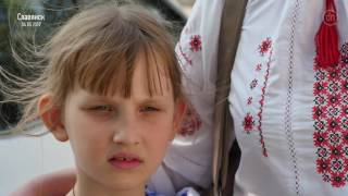 Королевскую в Славянске встретили недоброжелательными плакатами, а Ляха освистали