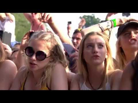 Ellie Goulding - Love Me Like You Do (Radio 1's Big Weekend 2016) [HD]