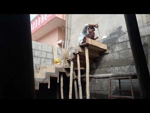 House construction in India - Chain step centering work