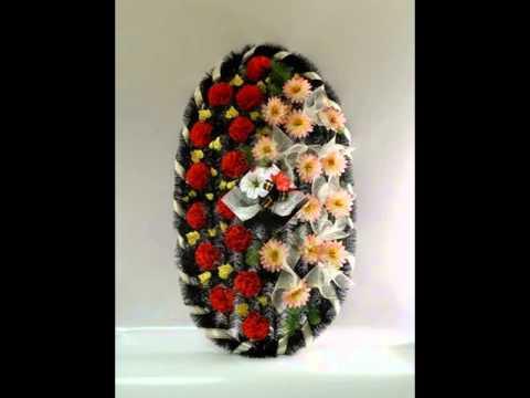 Похоронное бюро ритмос предлагает большое количество видов траурных композиций различной. Венки из живых цветов   купить живые венки.