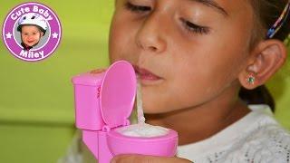 Moco Moco Mocolet Toilet Candy - Miley trinkt aus der Toilette !!! - Kinderkanal