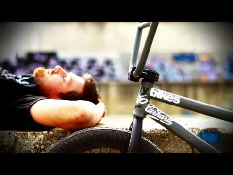 Flybikes - Tres HD