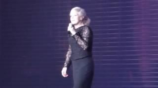 """Ina Müller - """"Tag eins nach Tag aus"""" live und """"Ina redet üb.Glitzerkleid"""" 05.02.2017 Kiel"""