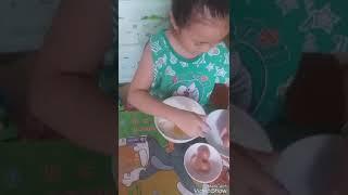 Bé hướng dẫn cách làm bánh mì que tuổi thơ ( bé bảo ngọc st )