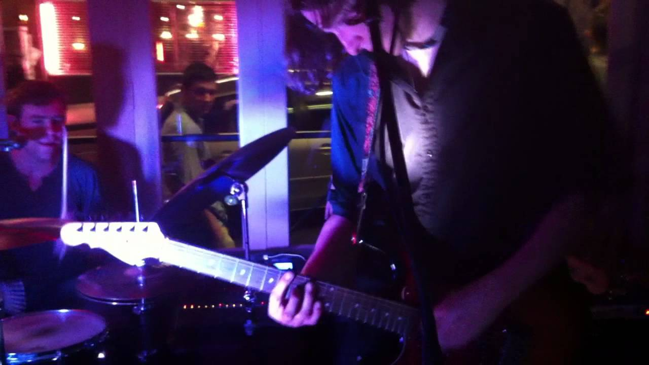Get on up - James Brown Cover by Bristol Wedding Band 'Three Scots and a Barman'