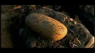Dinosaur (2000). Trailer. Subtitulado al español.