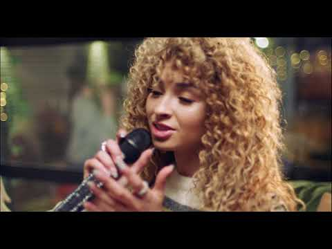 Смотреть клип Ella Eyre - Dont You Want Me