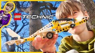 Lego Technic Plane - Axel's First Episode!