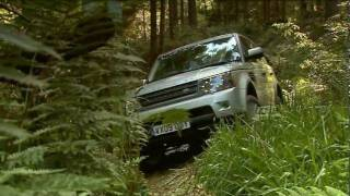 2010 Range Rover Sport goes off-roading