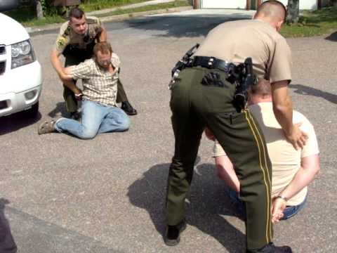 Protesters Arrested at Vermont State Police After Immigrants Detained.MPG