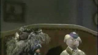 Repeat youtube video Sesame Street - The Case of the Missing Cat