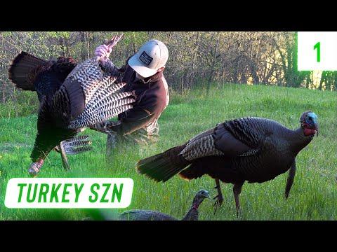 Early Morning GOBBLER in IOWA | Late Season Turkey Hunting