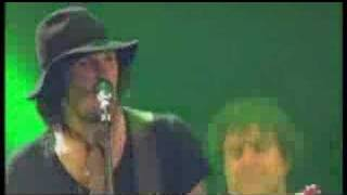 Kasabian - Club Foot (Wireless Festival, 30.06.2005)