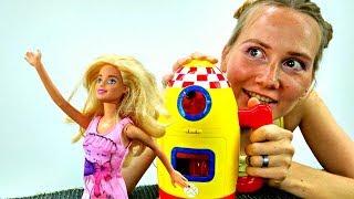 Куда улетела БАРБИ? Куклы и видео для Девочек