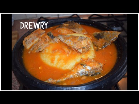 MACKEREL AND FRIED FISH SOUP/ GHANA SALMON SOUP