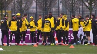 Usain Bolt s'entraîne avec le club de football de Dortmund