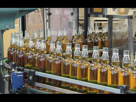 Besichtigung der Abfüllanlage des Scottish Liqueur Centre
