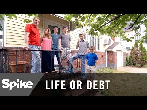 Long Island Family Struggling To Make Ends Meet - Life or Debt, Season 1