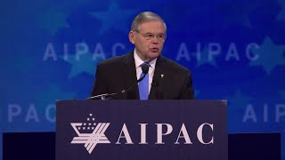 Sen. Robert Menendez (D-NJ), delivers remarks at the 2018 AIPAC Policy Conference.