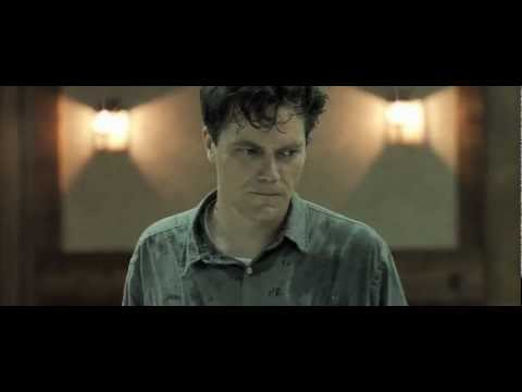 Michael Shannon Flips Out In Take Shelter Scene