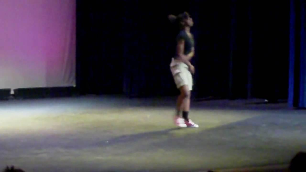 Lady Twerk Dancing 2 Omg - Youtube-6158