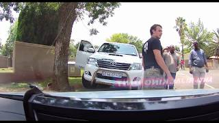 High speed pursuit of Toyota Hilux Legend 45