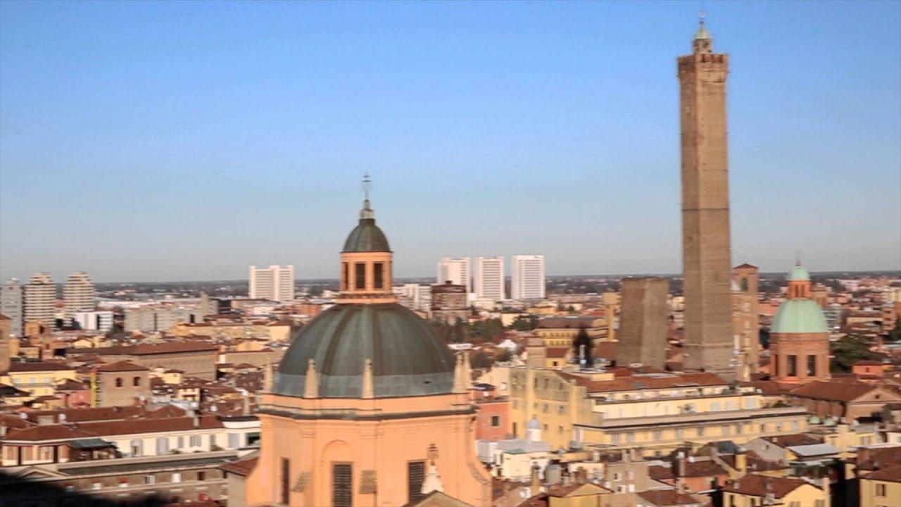 Bologna vista dalla terrazza di San Petronio - 4K - YouTube