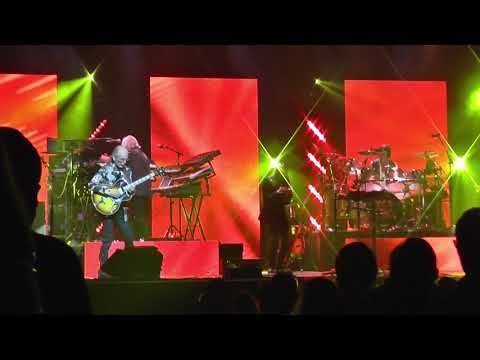 YES - Yours Is No Disgrace; London, Palladium 25.3.2018