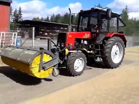 Экскаватор - погрузчик ЭО-2101 ИНТЕРДОН на базе трактора.