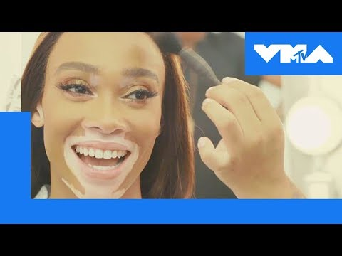 Winnie Harlow Rates Iconic VMA Fashions | 2018 Video Music Awards