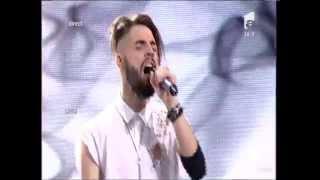 """Duel: U2 - """"One"""". Interpretarea lui Alex Florea, la X Factor!"""