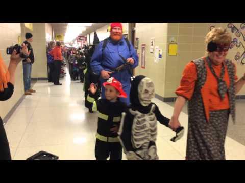 Lien Elementary School's Halloween Parade 2015 part 1 of 2