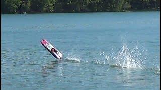 Traxxas M41 50+ mph Catamaran = Exciting Drive