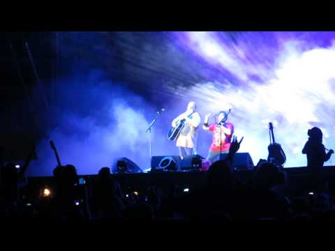 Tenacious D - Fuck Her Gently (live @ FM4 Frequency Festival 2013)