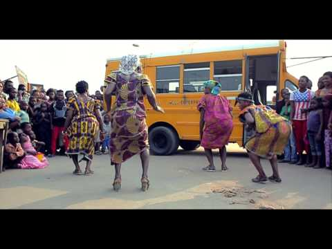 Ramses & Salvador - La Danse De La Maman