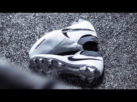"Nike Phantom Vision ""Raised on concrete"" Test/Review by Extra Time - Better than Nike Magista?"