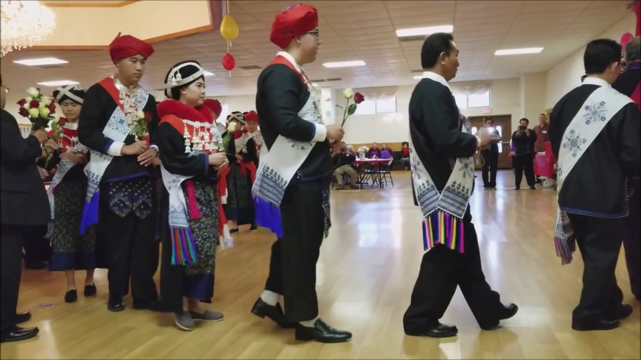 Iu Mien Traditional Song Merced New Year Bow 2018 Youtube