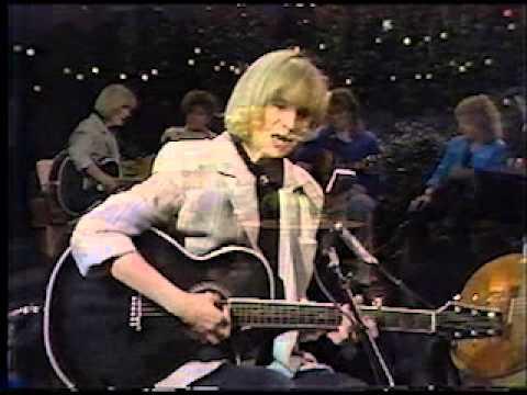 Gail Davies - Grandma's Song Live 1986