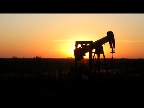أخبار الاقتصاد | #النفط يستقر قرب أعلى مستوياته في عامين  - 11:22-2017 / 11 / 14