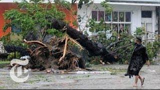 Philippines Typhoon 2013: Haiyan Causes Mass Disruption