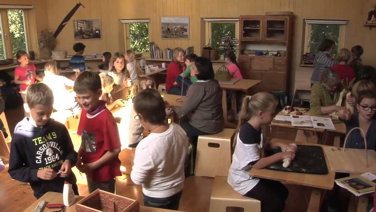 hausbau waldorfschule d sseldorf projektwoche 2015 youtube. Black Bedroom Furniture Sets. Home Design Ideas