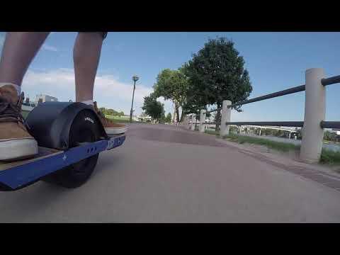 OneWheel Ride Around Downtown Little Rock Riverwalk ! | Z1 Live