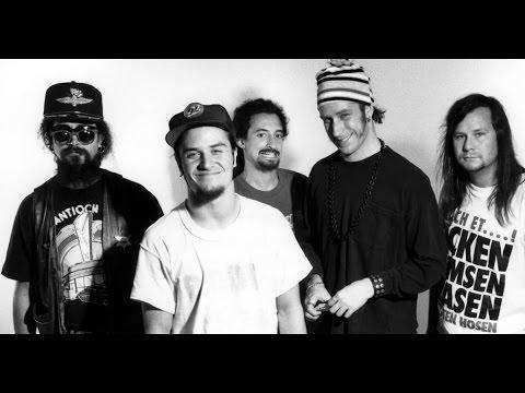 Faith No More - I Started a Joke (Lyrics)