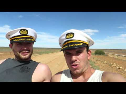 Travel Vlog 009: Car surfing in the Outback (Melbourne to Darwin Episode 4)