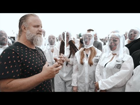 "Slipknot – Behind The Scenes of ""All Out Life"""