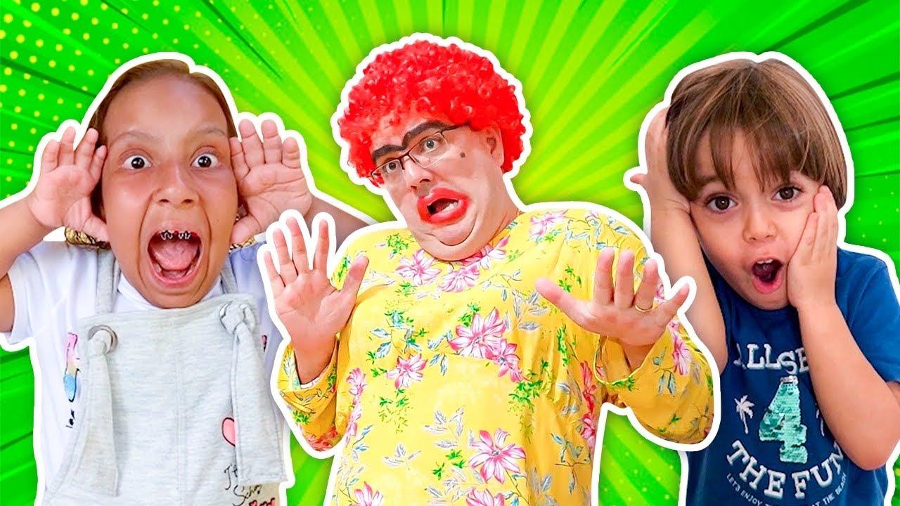 Virei babá por um dia (New Collection Funny Stories for Kids) - Família MC Divertida