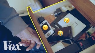 Why your old phones collect in a junk drawer of sadness thumbnail