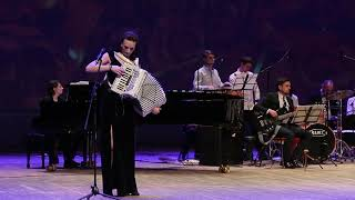 ПЕНЗАКОНЦЕРТ - Муниципальный духовой оркестр г. Сызрань и Мария Селезнева (аккордеон)