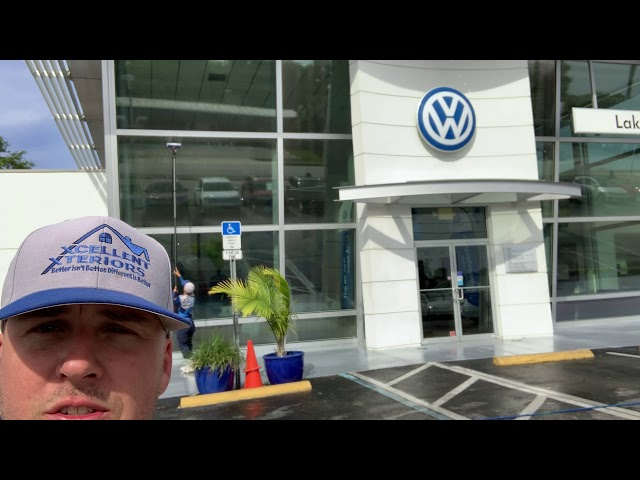 Washing the building and windows at VolksWagon Lakeland 😎