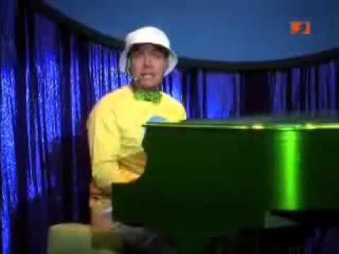 Charlie Waffles singt Mama`s Busen (German)